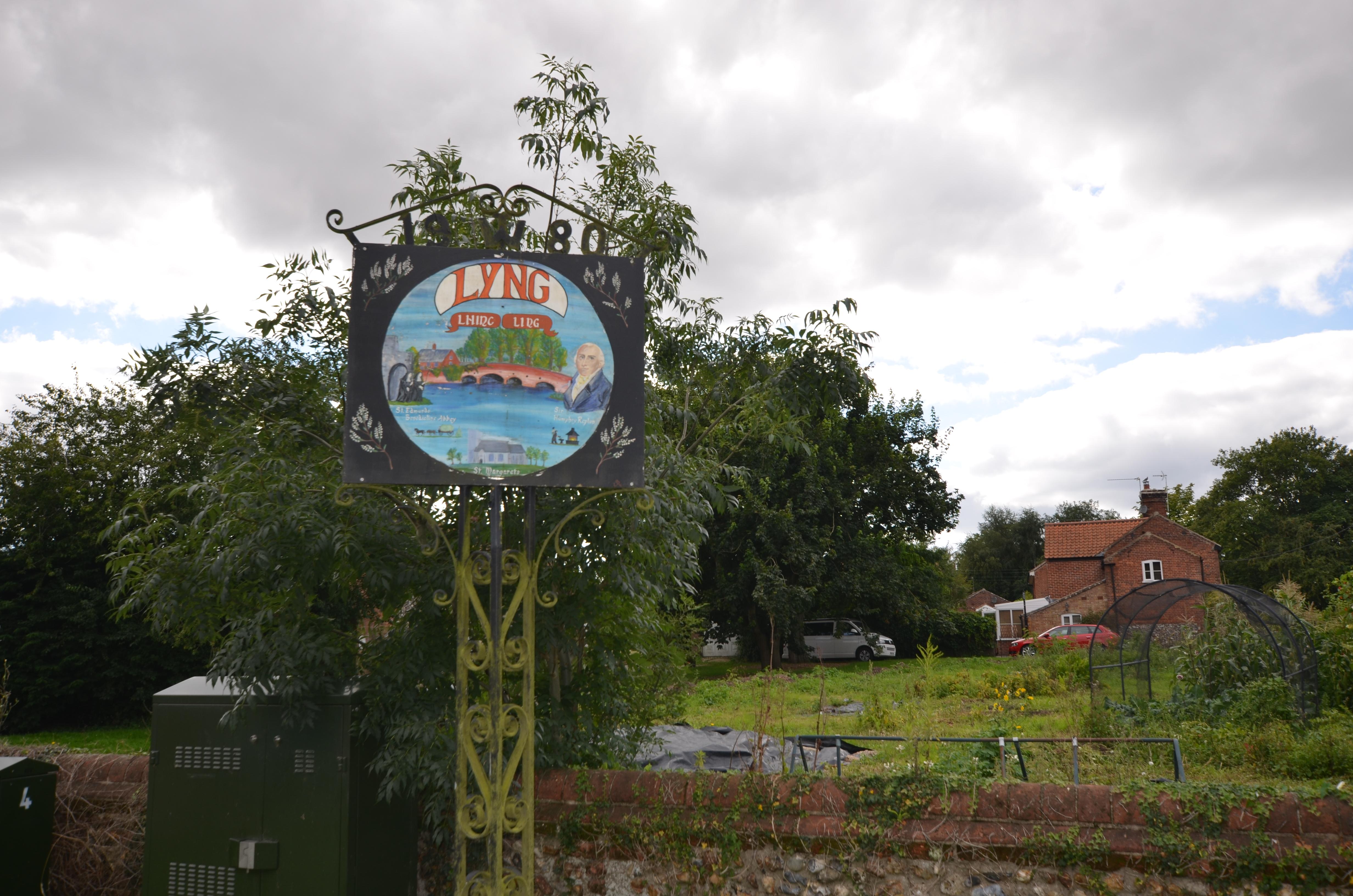Lyng village sign